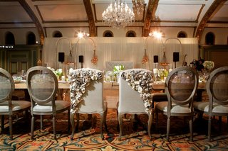 ashley-hebert-and-j-p-rosenbaum-reception-chairs