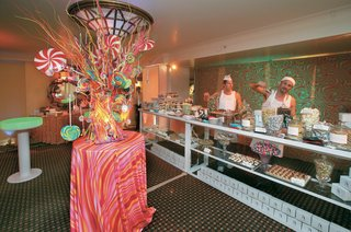 psychedelic-and-retro-candy-store-replica
