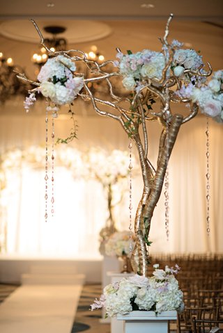 large-aisle-marker-with-cascading-crystals-and-flowers
