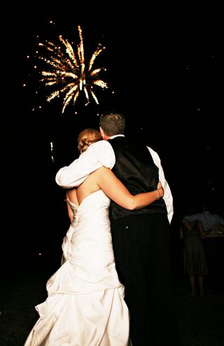 bride-and-groom-watch-firework-display