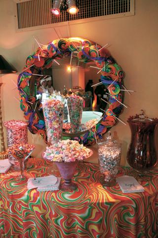 retro-dessert-table-with-sweet-treats
