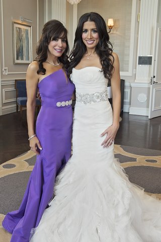bride-in-vera-wang-wedding-dress-with-mother-of-bride-in-purple-elde-de-la-rosa-gown