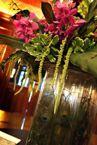 wedding-reception-tropical-floral-arrangement