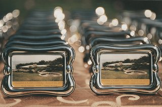 cards-in-silver-frames-with-date-and-table-name