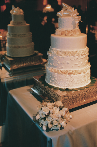 four-layer-wedding-cake-with-rose-flowers
