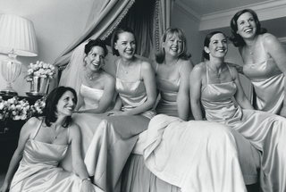 black-and-white-photo-of-bridal-party-in-hotel