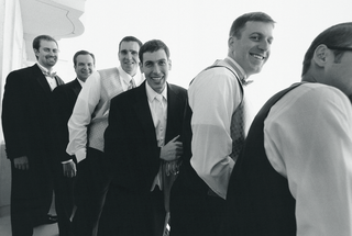 black-and-white-photo-of-groom-and-groomsmen