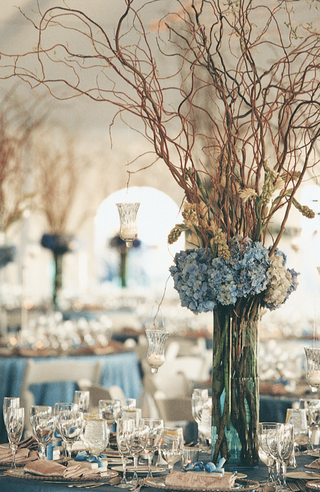 elegant-beach-wedding-reception-decorations