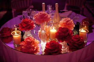 sweetheart-table-camellia-open-rose-table-decorations