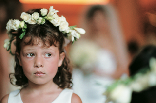 flower-girl-wears-flowers-on-head