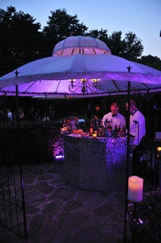 wedding-reception-fluorescent-drink-station