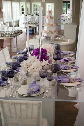 wedding-reception-table-with-mirror-and-purple