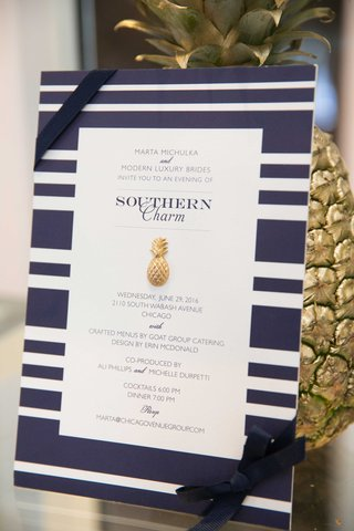 blue-and-white-wedding-decor-southern-inspired-wedding-pineapple-wedding-sign