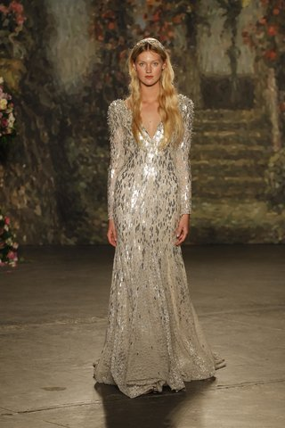 silver-gown-by-jenny-packham-spring-2016-collection
