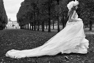 vera-wang-fall-2018-silk-crepe-halter-a-line-gown-cascading-ruffles-applique-silk-gazar-flower