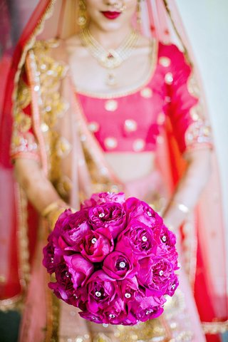 fuchsia-garden-roses-with-crystals-bridal-bouquet