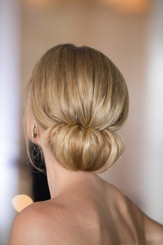 bridal-updo-simple-hairstyle-blonde