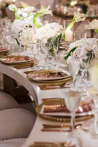 wedding-reception-white-serpentine-s-table-gold-charger-rose-gold-copper-flatware-and-menu-white