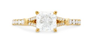 hearts-on-fire-yellow-gold-cali-chic-dream-rope-split-shank-diamond-engagement-ring