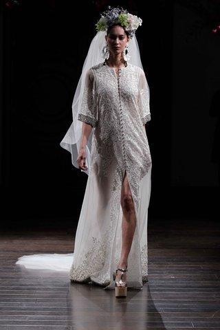 bridal-coat-with-three-quarter-sleeves-wedding-dress-by-naeem-khan-fall-2016