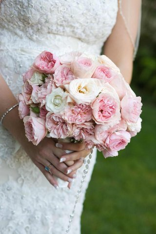 bridal-wedding-bouquet-with-pink-and-white-roses