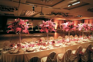 ballroom-reception-space-with-view-of-dance-floor