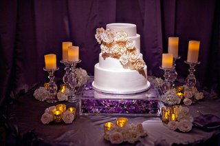 four-layer-cake-with-fresh-gold-painted-peonies
