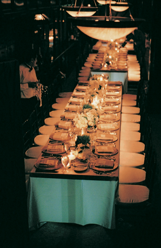 rectangular-tables-and-simple-tablescape