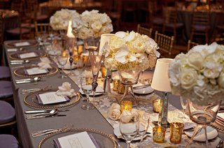 silver-tablecloth-and-runner-with-short-centerpieces