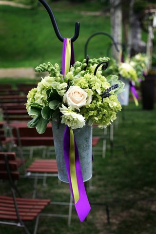 shepherd-hook-wedding-decorations-with-flower-pail