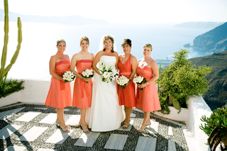 maid-of-honor-and-bridesmaid-dresses-with-ocean-view