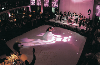 bride-and-groom-dancing-at-reception
