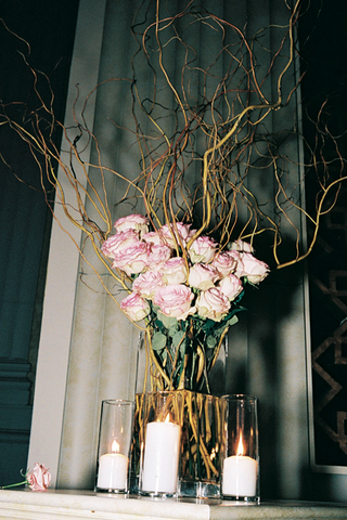 pink-roses-and-curly-willow-in-vase