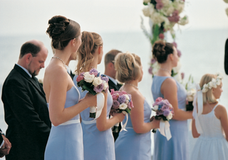 bridesmaids-at-ceremony-wore-mismatched-dresses