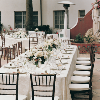 rectangle-tables-and-low-flower-centerpieces