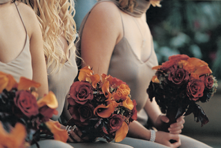 rose-and-calla-lily-bouquet-for-bridesmaids