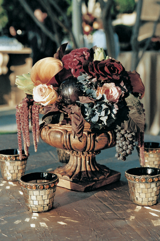 floral-centerpiece-and-mosaic-votive-candles