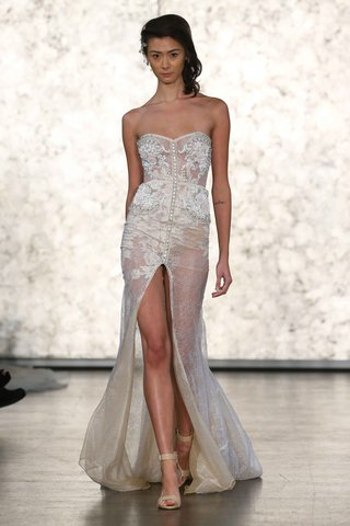 inbal-dror-fall-winter-2016-collection-front-slit-and-buttons-down-bodice