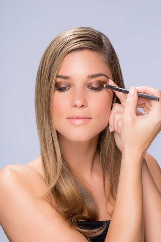 summer-makeup-tutorial-natural-smokey-smoky-eye-step-number-six