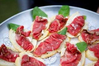 beef-carpaccio-toast-points-horseradish-serving-platter-coastal-appetizer-raw-beef-wedding-food