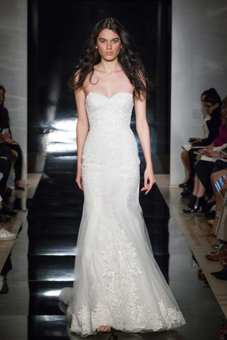 reem-acra-spring-2017-strapless-wedding-dress-fit-and-flare-embroidery-silk-organza