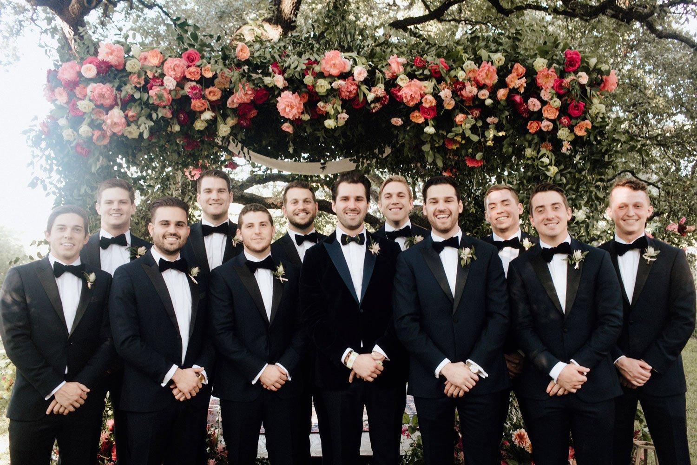 men\u2019s bow tie Wedding bow tie unique tie feather bow tie Peackock groomsmen gift black and white wedding peacock feathers groom gift