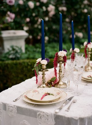 wedding-reception-destination-wedding-elopement-bright-blue-navy-taper-candle-gold-candlesticks