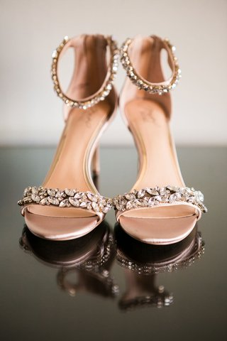 wedding-shoes-bridal-sandals-crystal-details-on-toe-strap-and-ankle-strap