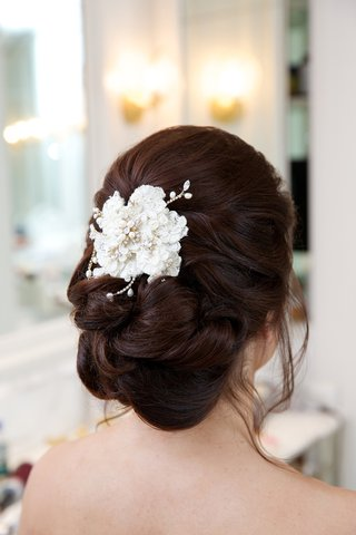 brides-updo-with-a-lace-hair-comb