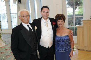 groom-with-father-and-mother-of-groom