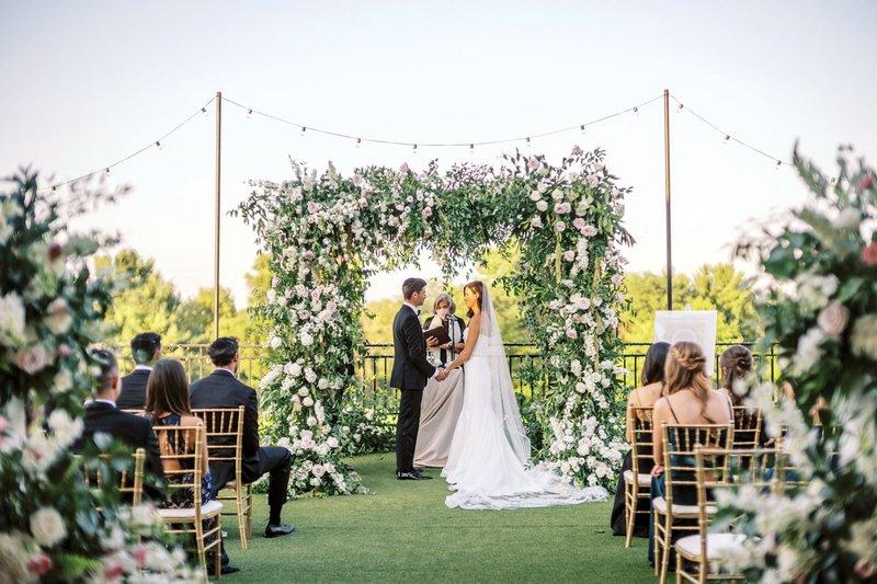 Gorgeous Micro-Wedding Ceremony