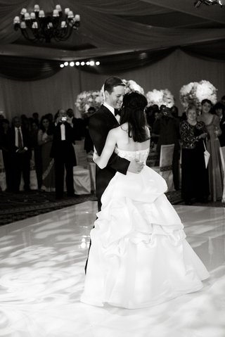 black-and-white-photo-of-bride-in-pick-up-skirt-first-dance
