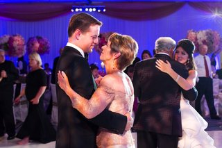 father-daughter-dance-and-mother-son-dance-at-reception