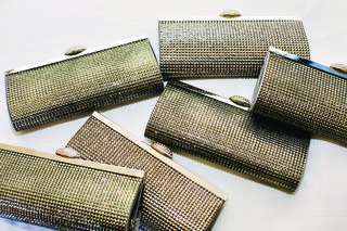 metallic-silver-and-gold-wedding-bridal-clutch-gifts